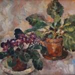 Анна Чепель. Фиалка домашняя, 2010. Горшечное растение на пастозном фоне в серо-фиолетовой гамме.