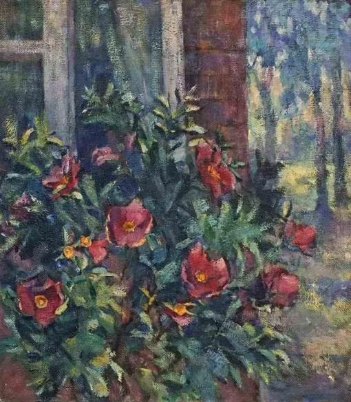 Анна Чепель. Шиповник под окном, 1999. Цветущий куст шиповника на фоне дома с окном в пейзаже.