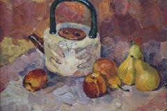 Натюрморт с чайником и фруктами 35x45 см., холст, масло, 2000. Оформлена в раму.